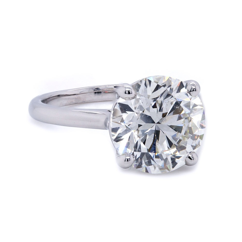 Round Brilliant Diamond Solitaire Ring